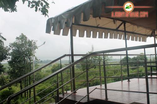 Hilltop tent verandah