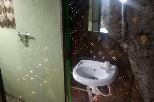 Treehouse toilet